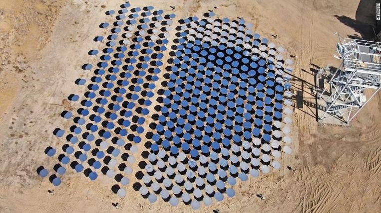 Onbekende start-up ontdekt 'heilige graal' in toepassing zonne-energie, met steun van Bill Gates